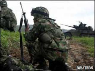 Soldados colombianos en operativos