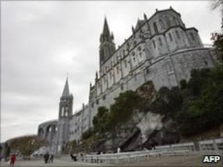 Lâu đài Lourdes