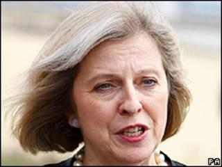 Theresa May, secretária do Interior britânica (arquivo)