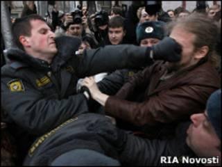 Задержание на митинге 31 марта
