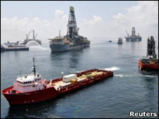 Нефтяные работы в Мексиканском заливе