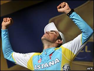 Alberto Contador, ciclista español, en la penúltima etapa del Tour de Francia 2010.