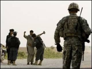 Dakarun NATO suna sintiri a Afghanistan