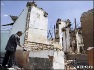 Разрушенный дом в Оше