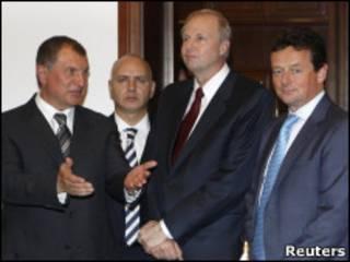 Сечин, Дадли и Хейворд в Москве