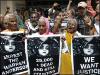 بھوپال سانحہ، احتجاج
