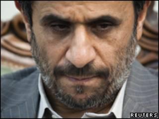 O presidente do Irã, Mahmoud Ahmadinejad, durante cerimônia em Teerã, no último dia 9 de agosto (Reuters/Arquivo)