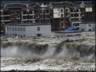 Китай, грязевой поток