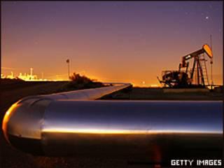 Extracción de petróleo en California.