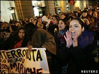 Protesta a favor de mapuches en Santiago