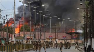 कश्मीर में हिंसक प्रदर्शन