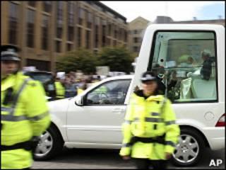 Автомобиль Папы Римского