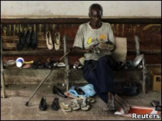Чистильщик обуви на Кубе
