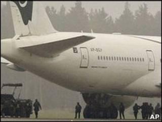 Avión en el aeropuerto sueco de Arlanda.