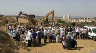 Израильские поселенцы в поселении Ариэль