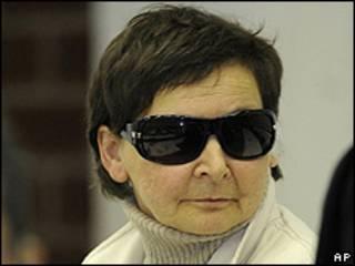 Verena Becker em julgamento em Stuttgart (AP)