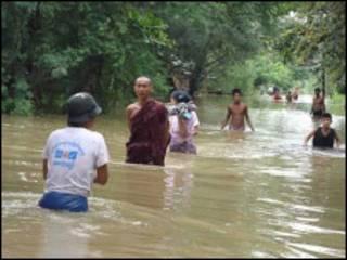 မန္တလေးမှာ အရင်နှစ်က ရေကြီးတဲ့မြင်ကွင်း