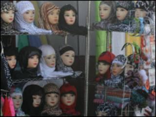 Манекены в хиджабах