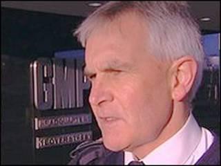 Peter Fahy, chefe da polícia da região de Manchester