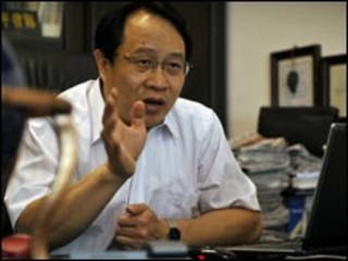 وکیل مو شیاوبِنگ