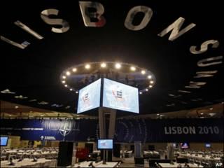 В Лиссабоне готовятся к саммиту НАТО