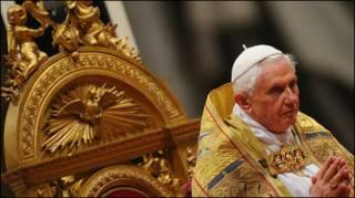پاپ بندیکت شانزدهم، رهبر کاتولیک های جهان