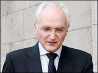 Lãnh tụ đảng Xanh John Gormley