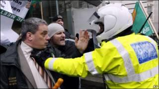 Протесты в Дублине