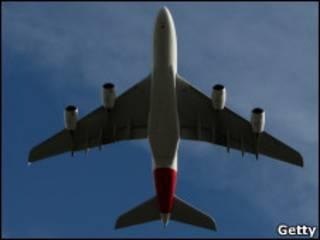 طائرة كوانتاس من طراز ايه 380