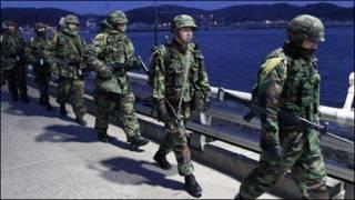 سربازان کره جنوبی در مانور نظامی