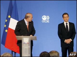 Секретарь ОЭСР и Николя Саркози