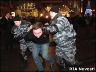 Задержание на площади у Киевского вокзала