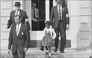 Ruby Bridges, escoltada a la escuela
