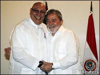 Os presidentes Fernando Lugo e Lula em Foz do Iguaçu