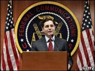 Джулиус Дженачовски, председатель Федеральной комиссии США по коммуникациям