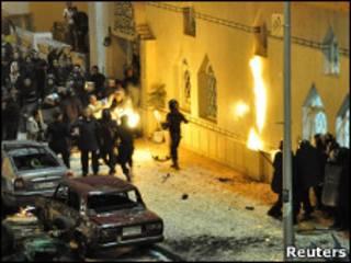 Беспорядки возле мечети в Александрии