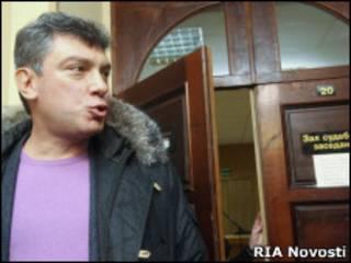 Борис Немцов в Тверском суде Москвы 12 января 2011 г.