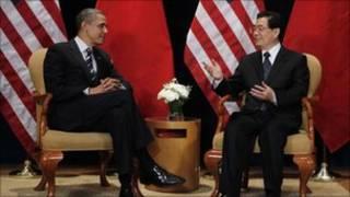 TT Obama (phải) và Chủ tịch Hồ Cẩm Đào