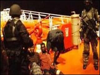 حملههای دزدان دریایی به کشتیها