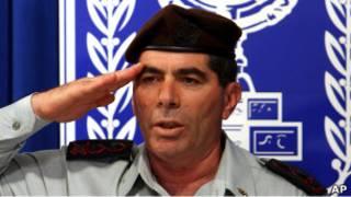 قائد الأركان الحالي غابي أشكينازي بعيد تعيينه عام 2007