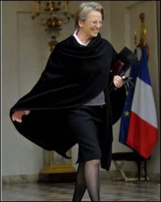 Ngoại trưởng Pháp Michele Alliot-Marie