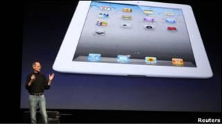 Стів Джобс презентував iPad2