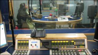 बीबीसी रेडियो स्टूडियो