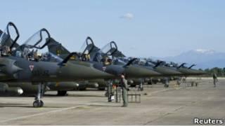 Французские истребители Mirage 2000