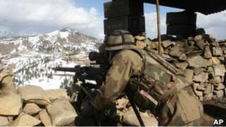 سرباز پاکستانی در منطقه وزیرستان شمالی