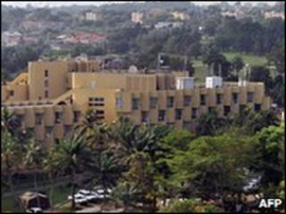 Hotel onde Ouattara se abriga