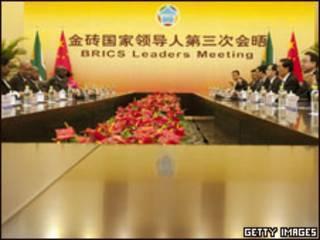 Reunião entre representantes africanos e chineses na cúpula do BRICS