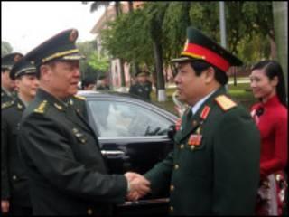 Đại tướng Phùng Quang Thanh và Thượng tướng Quách Bá Hùng