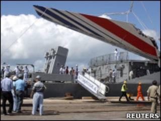 Detrito de vôo 447 da Air France (Reuters)