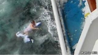 Ричардсон в воде